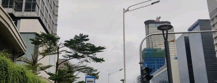 Stasiun MRT Bundaran HI is one of MRT trip.