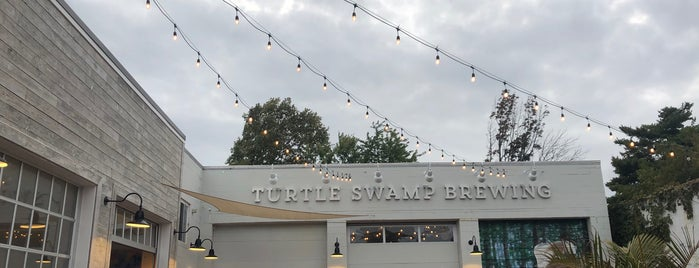 Turtle Swamp Brewing is one of Bars.