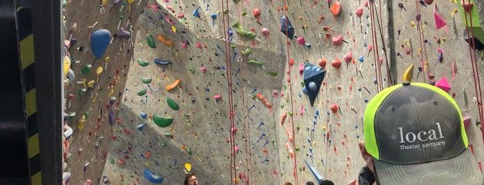 Boulder Rock Club is one of SMAK.