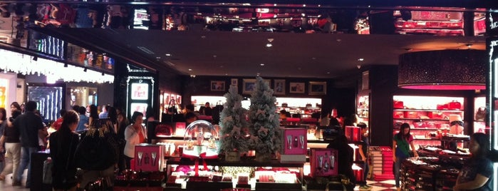 Victoria's Secret is one of Penny_bt90さんのお気に入りスポット.