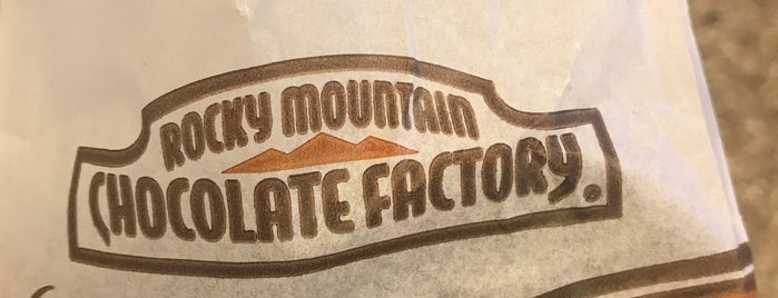 Rocky Mountain Chocolate Factory is one of Lieux qui ont plu à Vivek.