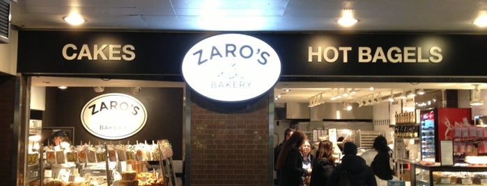 Zaro's Bakery is one of Lugares favoritos de Karen.