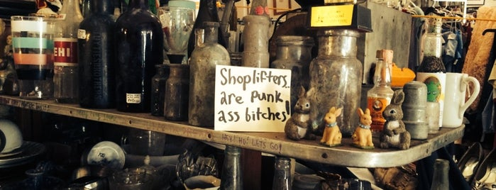 Pop Shop is one of Things to do in Nawlins.