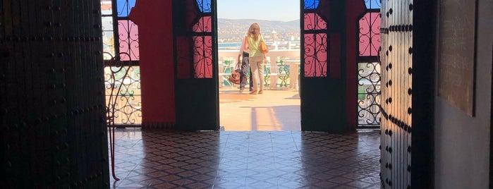 Hotel Continental is one of Posti che sono piaciuti a Jorge.