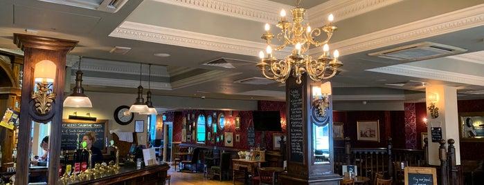 The Chamberlain Bar is one of Orte, die John gefallen.