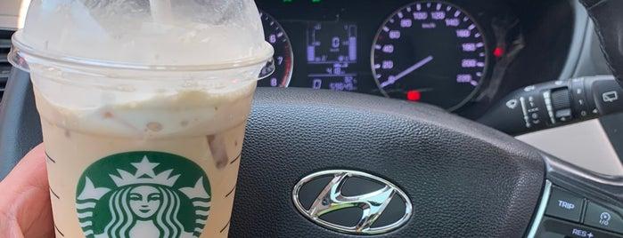 Starbucks is one of Orte, die Tuba gefallen.