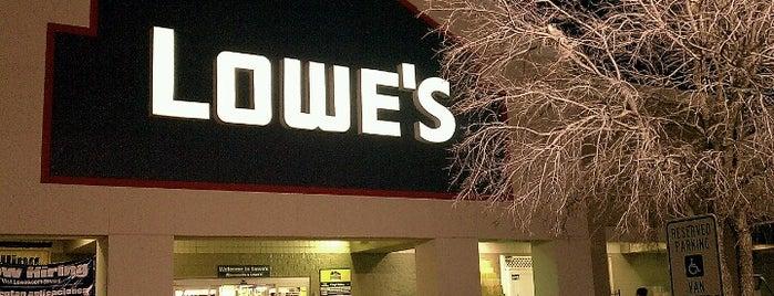 Lowe's is one of สถานที่ที่ David ถูกใจ.