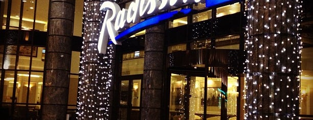 Radisson Blu Hotel is one of Lieux qui ont plu à Manu.