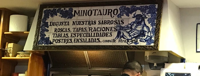 Bar Minotauro is one of Bares.