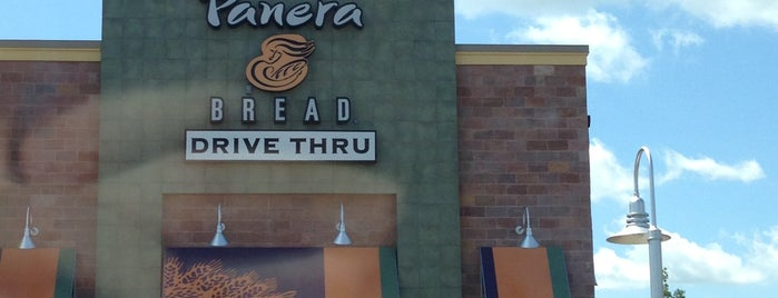 Panera Bread is one of Locais curtidos por Ishka.