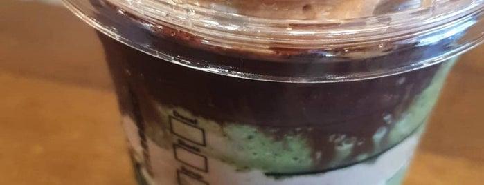 Starbucks is one of Posti che sono piaciuti a Ian.
