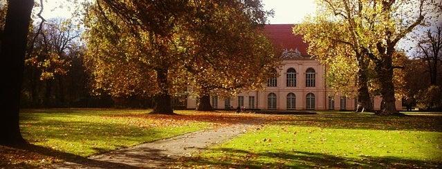 Schloss Schönhausen is one of 1 | 111 Orte in Berlin die man gesehen haben muss.