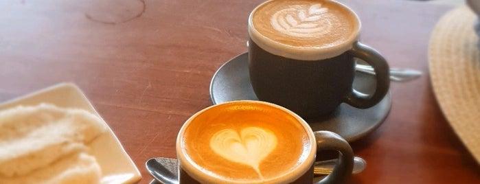 Gangga Coffee And Gallery is one of Orte, die Erin gefallen.