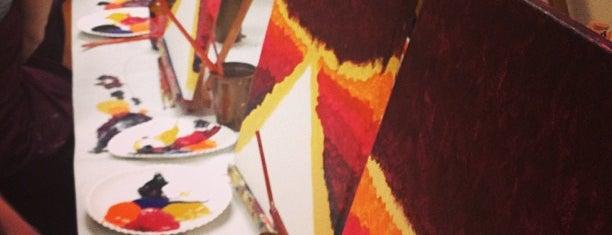 Canvas And Cabernet is one of Lieux sauvegardés par Keith.