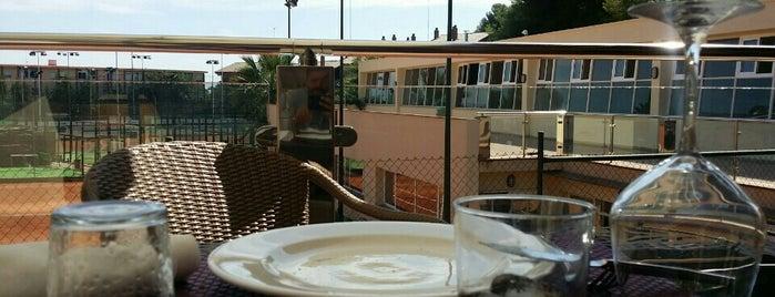 Club Tennis Tarragona is one of Locais curtidos por Jose Antonio.