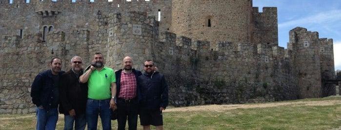 Castillo de la Adrada is one of Lugares favoritos de 3A INGENIERÍA EFICIENTE.