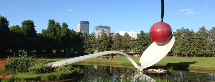 Minneapolis Sculpture Garden is one of Favorites in USA.
