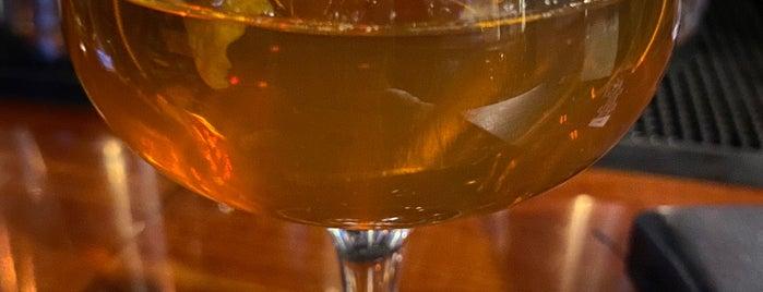 Hops / Scotch Dram and Barrel is one of Orte, die Julia 🌴 gefallen.