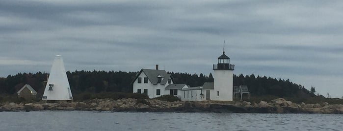 Goat Island Lighthouse is one of Because Foursquare F*cked Up Their List Feature 2.