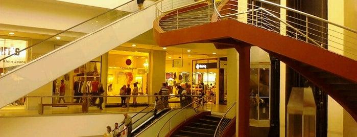 Royal Plaza Shopping is one of Lieux qui ont plu à Maurício.