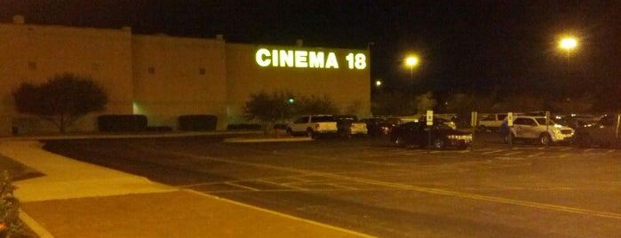 Classic Cinemas Charlestowne 18 is one of Posti che sono piaciuti a Mark.