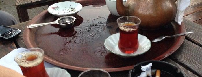 Setüstü Çay Bahçesi is one of Alternatif Kafeler İstanbul.