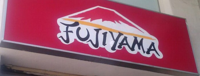 Fujiyama is one of Robsonさんのお気に入りスポット.