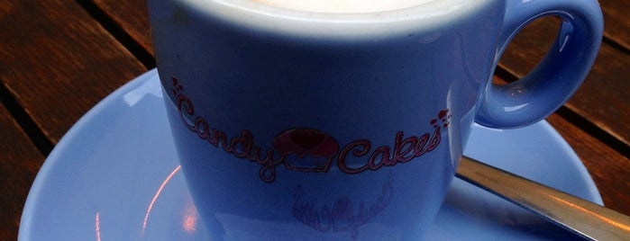 Candy Cakes is one of London Munchies Vol.2.