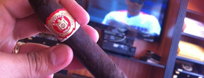 Cabinet Tabaco Boutique is one of Stevenson's Top Cigar Spots.