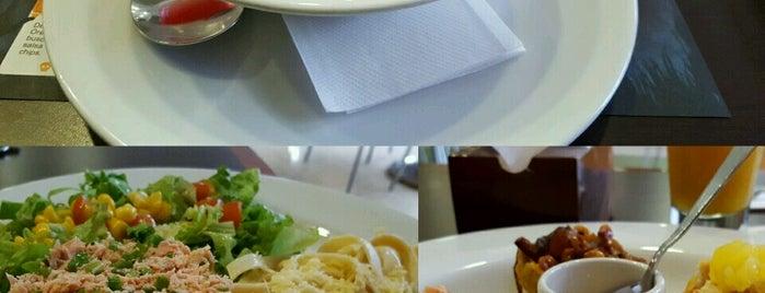 J&C Delicias is one of Posti salvati di Jose Manuel.