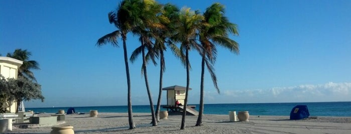 Hollywood Beach Broadwalk is one of FLL/PBI Scene.