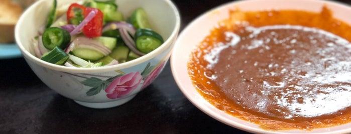 ก๋วยเตี๋ยววัดดงมูลเหล็ก is one of Beef Noodle in Bangkok.