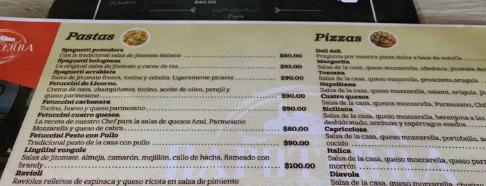 CAPOTERRA Ristorante & Bar is one of Locais curtidos por Cecy.