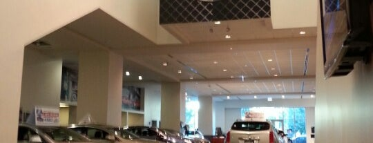 Grossinger City Autoplex is one of Andy : понравившиеся места.