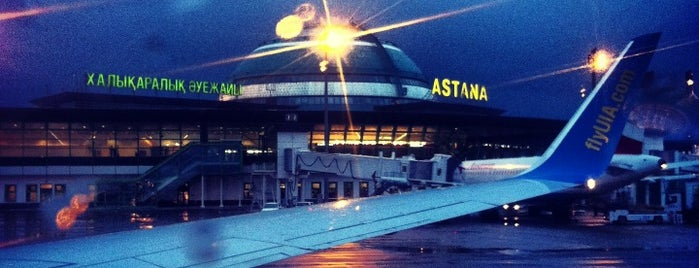 Aeroporto Internacional de Astana (TSE) is one of Locais curtidos por Alan.
