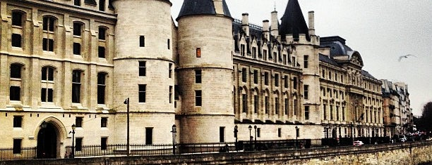 La Conciergerie is one of PARIS - places.