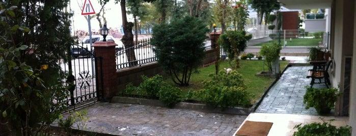 Karbeyazi Residence is one of Posti salvati di Volkan.