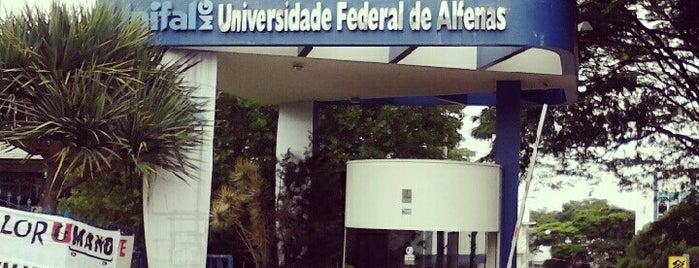 Universidade Federal de Alfenas UNIFAL-MG (Campus Sede) is one of สถานที่ที่ Jeferson ถูกใจ.