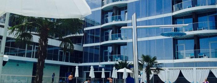 NEMO beach club is one of Tempat yang Disukai Svetlana.