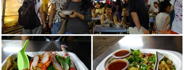 Gurney Drive Hawker Centre is one of When in Penang.