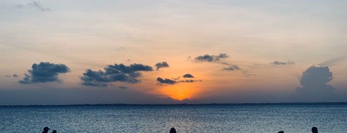 Kae Beach Bar is one of Zanzibar.