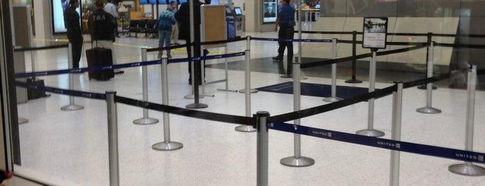 Terminal B is one of Lugares favoritos de Kyle.