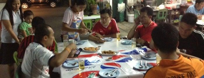 ร้านอาหาร แต้เม่งหลี (แปะตี๋) is one of 04 - ตามรอย.
