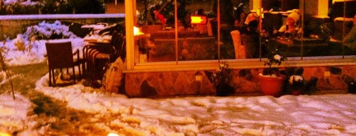 Bahhce Cafe & Bistro is one of Lugares guardados de Elifnaz.