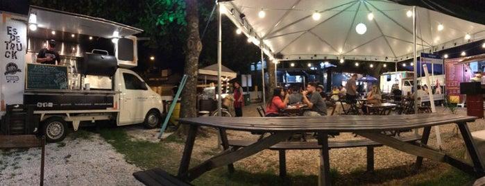 Jurerê Food Park is one of Locais curtidos por Tati.