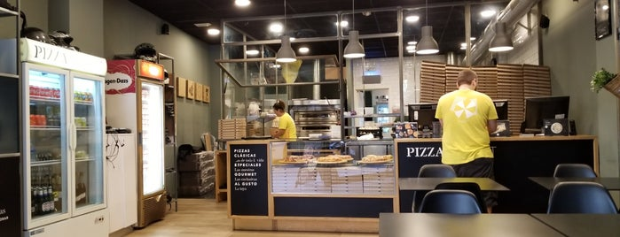 Pizza Market Sants is one of Barcelona.