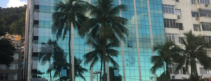 Arena Leme Hotel is one of Orte, die Fernando Fernandez gefallen.