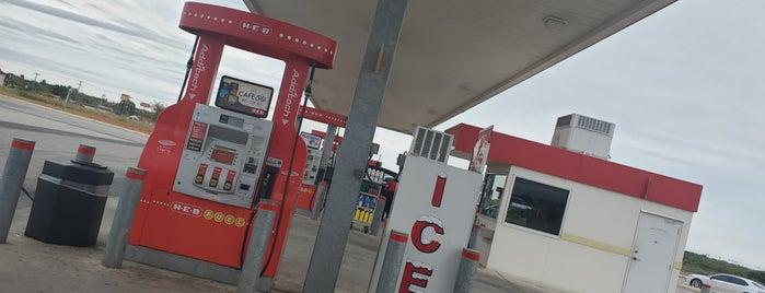 HEB Fuel is one of Tempat yang Disukai Giovo.