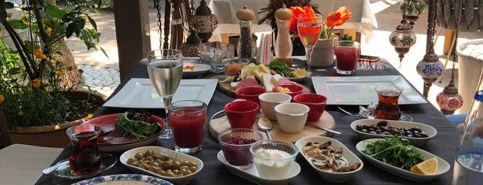 İzela Restaurant is one of Fethiye/Meğri ⛵️.