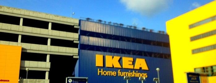 IKEA is one of Lugares favoritos de Nak.